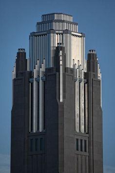 The Art Deco Dude