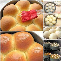 Meu Livro de Receitas: Pão caseiro pincelado com manteiga derretida...