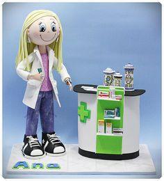 Fofucha Farmacéutica con mostrador de medicamentos | by Xeitosas