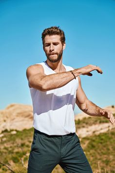 Liam Hemsworth covers the May 2020 issue of Men's Health. Men's Health links up with Liam Hemsworth for its May 2020 cover feature. Liam Hemsworth, Hemsworth Brothers, Nick Bateman, Australian Actors, Hollywood, Health Magazine, Christian Grey, Michael Fassbender, Hairy Men