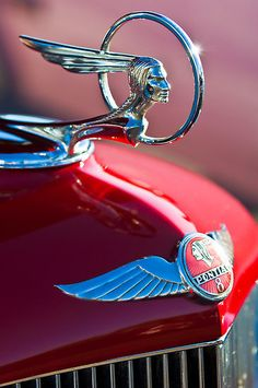 Vintage Cars Classic 1933 Pontiac Chief Hood Ornament - High quality Hood Ornaments Vintage inspired T-Shirts, Posters, Mugs and more by independent artis. Retro Cars, Vintage Cars, Antique Cars, Antique Trucks, Car Badges, Car Logos, Classic Trucks, Classic Cars, Chevy Classic