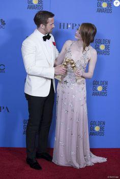 Emma Stone et Ryan Gosling - Press Room lors de la 74ème cérémonie annuelle des Golden Globe Awards à Beverly Hills, Los Angeles, Californie, Etats-Unis, le 8 janvier 2017. © Olivier Borde/Bestimage