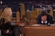 Depois da estarrecedora descoberta de que Nicole Kidman teria sido ignorada pelo apresentador Jimmy Fallon, surge a questão: por que os homens não percebem os sinais? - Veja mais em: http://vilamulher.com.br/amor-e-sexo/relacionamento/por-que-eles-nao-percebem-quando-elas-estao-a-fim-m0115-697591.html?pinterest-destaque