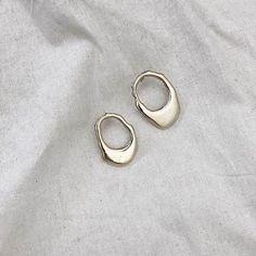 Ana Degenaar Ear Jewelry, Jewlery, Jewelry Bracelets, Jewelry Accessories, Fashion Accessories, Fashion Earrings, Fashion Jewelry, Clothes 2019, 18k Gold Earrings