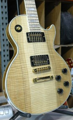 Gibson Les Paul Custom Maple Heartwood in Antique Natural with Maple fingerboard. http://guitarclass.org