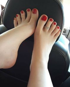 Oh those sexy toes!!!