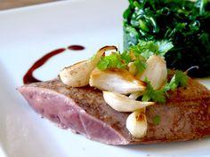 Foie de #veau à l'ail nouveau.  #veal.