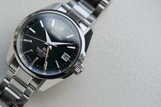 Hands-On With The New Limited Edition Grand Seiko Hi-Beat GMT With Green Dial — HODINKEE - Wristwatch News, Reviews, & Original Stories