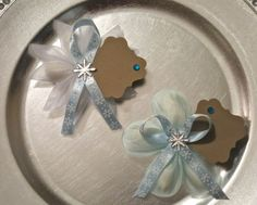 Check out this item in my Etsy shop https://www.etsy.com/listing/183940861/confetti-flowerribbon-flower