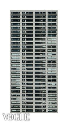 Urban_Texture | http://www.vogue.it/photovogue/Portfolio/8e69cee5-ee01-4e34-aba9-345ed30ee15b/Image