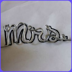 Diy Personalized Wedding Hangers Michelle S Bridal And Tuxedo