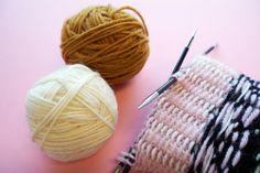Vinkit kirjoneuleeseen - langanjuoksu - Neulemedia.fi Handicraft, Mittens, Knitted Hats, Knit Crochet, Knitting, Knits, Socks, Craft, Fingerless Mitts