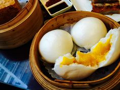 Hong Kong Tour for Dessert Lovers! #foodie #dessert #hongkong http://www.city-discovery.com/hong-kong/tour.php?id=13354