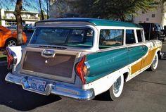 1958 Edsel Bermuda Station Wagon :-{b> Ford Classic Cars, Classic Trucks, 59 Chevy Impala, Vintage Cars, Antique Cars, Station Wagon Cars, Edsel Ford, Woody Wagon, Ford Lincoln Mercury