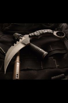 You're not bulletproof. Tactical Swords, Tactical Knives, Survival Tools, Survival Knife, Tactical Survival, Cool Knives, Knives And Swords, Club Weapon, Bug Out Gear