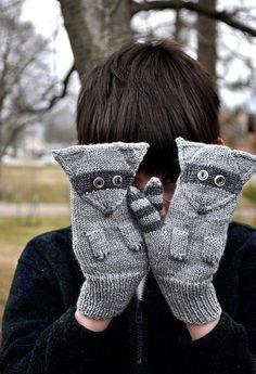 Ravelry: Rascal Raccoon Mitts pattern by Alison Stewart-Guinee Crochet Mittens, Mittens Pattern, Knitted Gloves, Knit Crochet, Crochet Hats, Knitting For Kids, Knitting Projects, Hand Knitting, Knitting Patterns