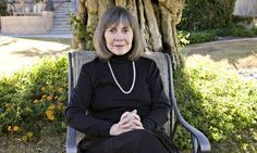 Anne Rice signs petition to protest bullying of authors on Amazon