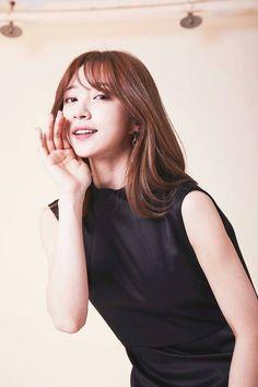 Hani, May 1, Art Girl, Kpop Girls, Girl Group, Basic Tank Top, Korean, High Neck Dress, Celebs
