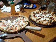 なにピザだっけかな Beau Jo's@Idaho Springs  もうチョー感激のアメリカンPizza!