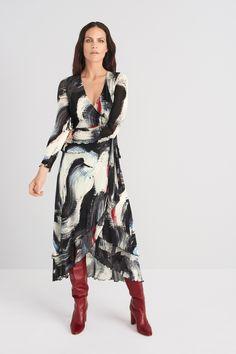 Diane von Furstenberg Resort 2020 Fashion Show - Vogue Fashion 2020, Runway Fashion, Fashion Show, Fashion Design, Fashion Trends, Diane Von Furstenberg, Moda Chic, Moda Boho, Fashion Moda
