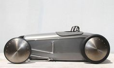 1932 Ford Salt Flat Racer Pedal Car - This streamlined silver rod is the work of Rad Rides by Troy, based in Illinois. #pedal_car #ford_salt #troy