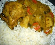 Colombo de poulet antillais » Une Plume dans la Cuisine Morrocan Food, Haitian Food Recipes, Creole Recipes, No Salt Recipes, Ha Ha, Island Food, Exotic Food, Caribbean Recipes, International Recipes