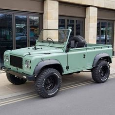 (notitle) - Lands :o[==]o: - The Effective Pictures We Offer You About mustang cars A quality picture can tell you many things. Landrover Defender, Land Rover Defender 110, Jeep Cars, Jeep 4x4, Land Rovers, Cool Trucks, Cool Cars, Offroad, Nissan Patrol