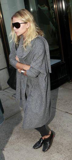 Ashley Olsen gray et black