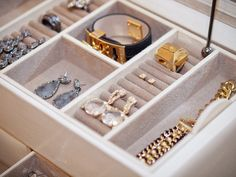 jewelry drawer organization