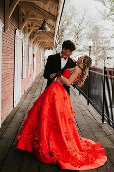 Halter Red Floral Prom Dresses with Pockets Cheap Prom Gowns Viniodres – Viniodress