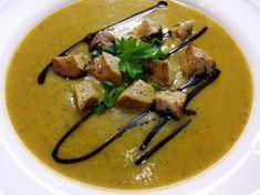 Skvelá cuketová polievka, od ktorej nepriberiete. Zdravý RECEPT Thai Red Curry, Lunch, Beef, Snacks, Chicken, Dinner, Ethnic Recipes, Food, Red Peppers