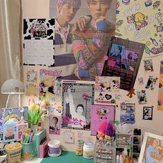 Room Design Bedroom, Room Ideas Bedroom, Bedroom Decor, Indie Room Decor, Study Room Decor, Cute Room Ideas, Kawaii Room, Room Goals, Aesthetic Room Decor
