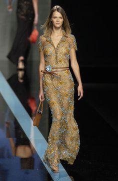 Valentino at Paris Fashion Week Spring 2002 - Livingly
