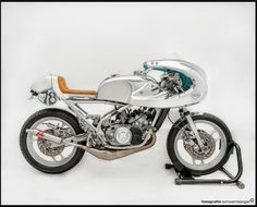 The Cosmic Rider by Heiner Trapp - Custom Motorcycles & Classic Motorcycles - BikeGlam Vintage Bikes, Vintage Motorcycles, Custom Motorcycles, Custom Bikes, Vintage Art, Green Motorcycle, Motorcycle Design, Motorcycle Bike, Cafe Bike