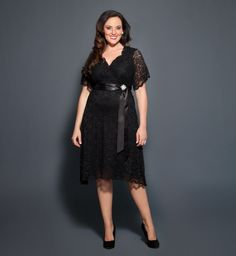 Retro Glam Lace  wedding outfit? I want that!   Big Fashion Show plus size party dresses