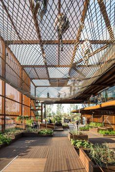 Expo Milão 2015: Pavilhão do Brasil / Studio Arthur Casas + Atelier Marko Brajovic   Pavilion   Metal Structure   Corten Steel   Textil Cover   Wood Floor  