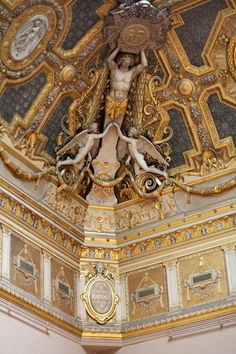 Louvre Ceiling