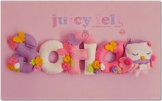 Juicy felt: Pacco in partenza per due future sorelline Felt Name Banner, Name Banners, Felt Crafts, Diy And Crafts, Arts And Crafts, Sofia Name, Frame Wreath, Paper Models, Craft Patterns