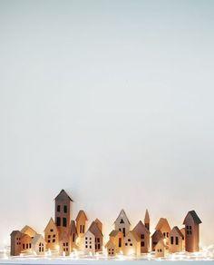 Игрушечный домик из картона своими руками, декоративный домик из картона своими руками, маленький домик из картона своими руками (11)