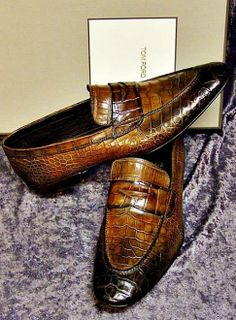 Alligator Leather Penny Loafers Formal SlipOn Shoes is part of Dress shoes men Alligator leather penny loafers formal SlipOn shoes for men It is crafted from superior quality alligator skin that ma - Mens Shoes Boots, Men's Shoes, Shoe Boots, Dress Shoes, Wing Shoes, Penny Loafers, Loafers Men, Gentleman Shoes, Fashion Mode