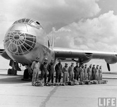 Convair B-36 'Peacemaker' crew. Dallas, TX, USA. May 1949