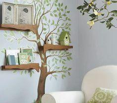 Baum und Äste als Regal