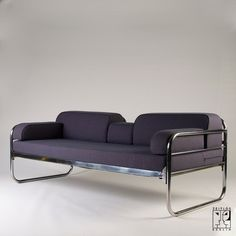Tubular steel couch/daybed in the style of the Bauhaus-Modernism, Bauhaus-Modernism - Zeitlos Berlin (Sofas