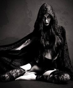 Dark beauty http://dark-beauties.tumblr.com/ More