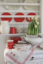 Pretty red and white