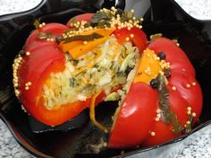 Gogoşari umpluţi cu varză Romanian Food, Romanian Recipes, Summer Tomato, Pickling Cucumbers, Home Food, Good Ole, Canning Recipes, Celery, Side Dishes