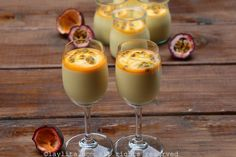 Easy and quick recipe for passion fruit mousse made passion fruit concentrate (fresh or frozen), cream, and condensed milk. Passion Fruit Mousse, Passion Fruit Juice, Raspberry Creme Brulee, Salmon Tartare, Classic French Desserts, Gluten Free Crepes, Brulee Recipe, Tomato Basil Sauce, Molten Chocolate