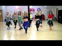 Enjoy dancing out a sweat? Check out this workout/Dance to Ariana Grande's Problem ft. Zumba Workout Videos, Workout Music, Dance Workouts, Pole Dance Moves, Dance Choreography, Pole Dancing, Nicki Minaj Dance, Dance Fitness Classes, Zumba Fitness
