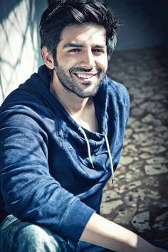 the hottest Kartik Aaryan pictures Hot Muslim, Muslim Men, Cute Actors, Handsome Actors, Photoshoot Pose Boy, Indian Men Fashion, Photography Poses For Men, Stylish Boys, Bollywood Stars