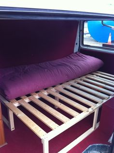 Another bed idea Rock + roll bed plans - VW Forum - VW Forum Campervan Bed, Campervan Interior, T4 Camper Interior Ideas, Kombi Motorhome, Truck Camper, Mini Camper, Rock And Roll Bed, Rock Roll, Kangoo Camper